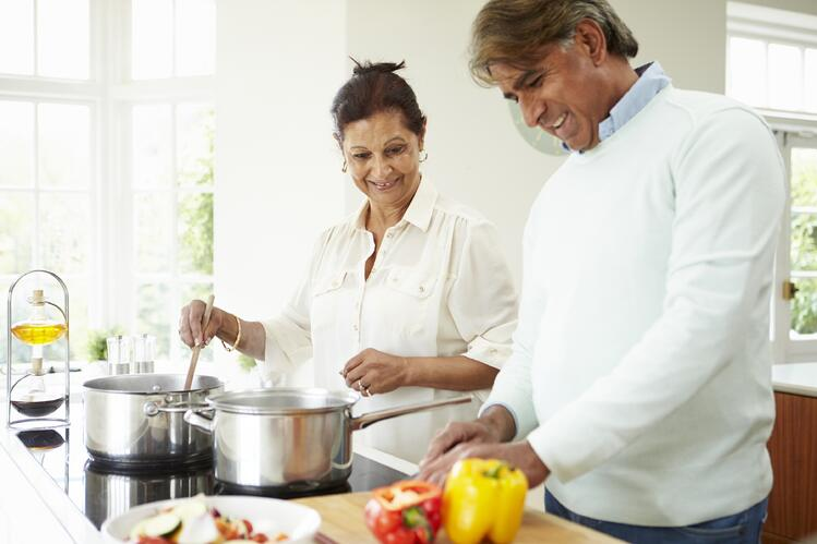 Common_Myths_About_Senior_Eating_and_Nutrition.jpg